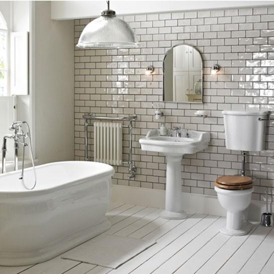 weisse-badezimmer-led-beleuchtung